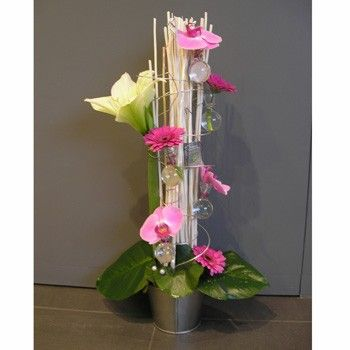 Cr ation florale moderne pivoine etc for Composition florale exterieur hiver