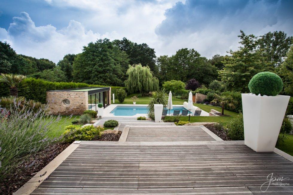 Paysagiste jardin exotique pivoine etc for Paysagiste jardin exotique