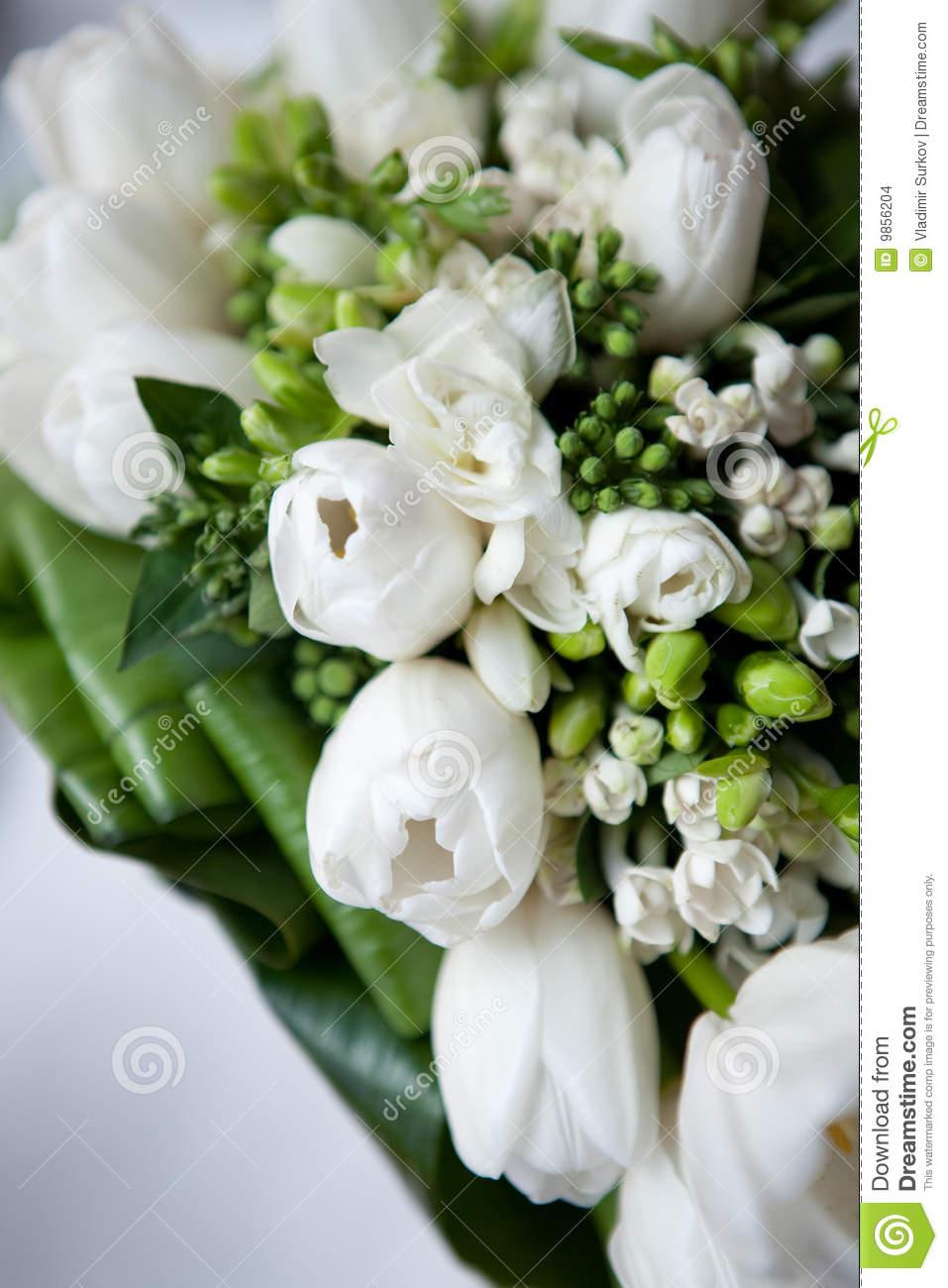 Bouquet fleurs blanches pivoine etc for Bouquet fleurs blanches